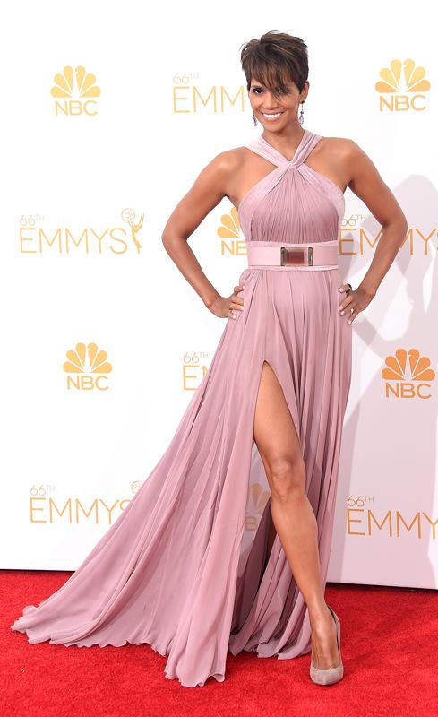 d6716ef0-2cd2-11e4-90ec-29c9129bb37c_Halle-Berry-2014-Primetime-Emmy-Awards (1)