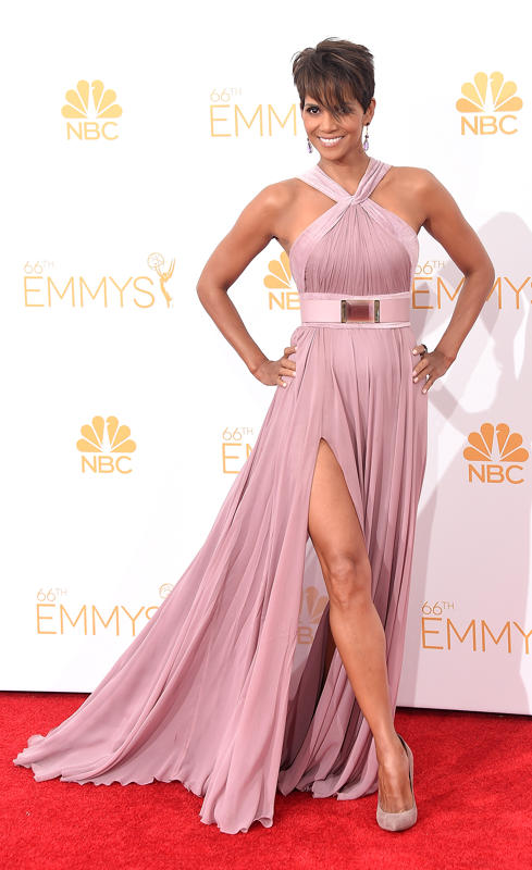 d6716ef0-2cd2-11e4-90ec-29c9129bb37c_Halle-Berry-2014-Primetime-Emmy-Awards (1)