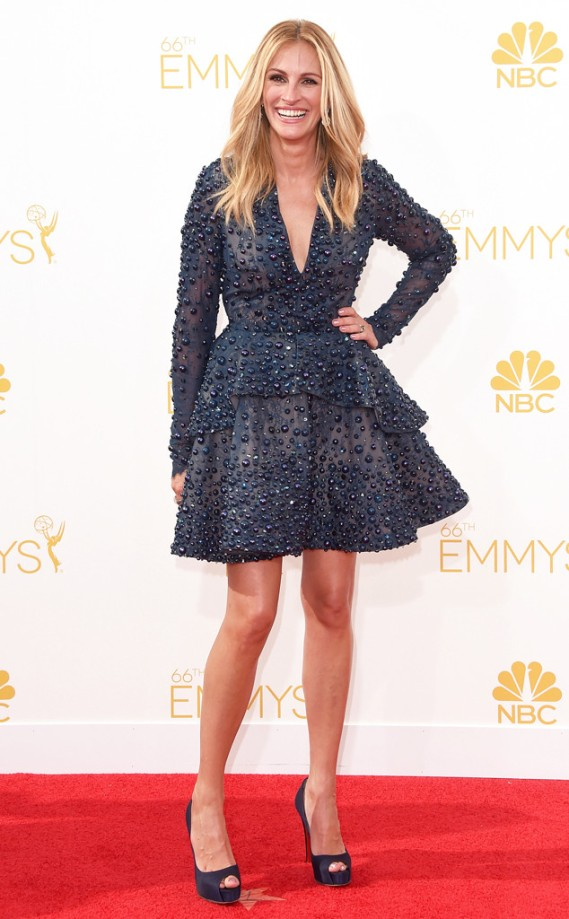 rs_634x1024-140825170449-634.Julia-Roberts-Emmy-Awards.ms.082514
